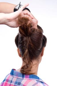 Peinado pin up paso a paso 29