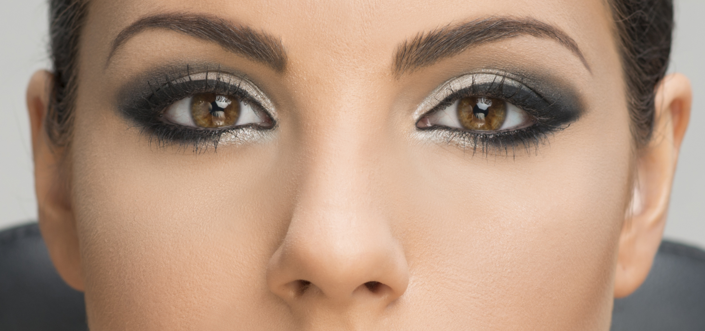 maquillaje profesional ojos claros cazcarra