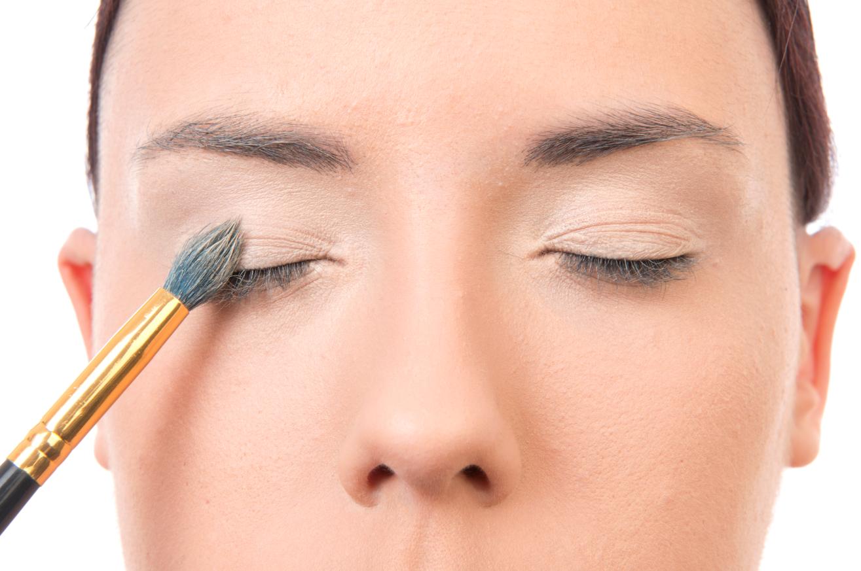 Maquillaje paso a paso: ¿cómo agrandar los ojos? Trucos de maquillaje profesional