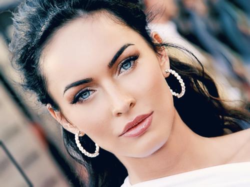 Megan Fox marca tendencias de maquillaje profesional
