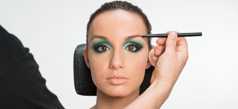 Las cejas: elemento esencial para iluminar tu mirada