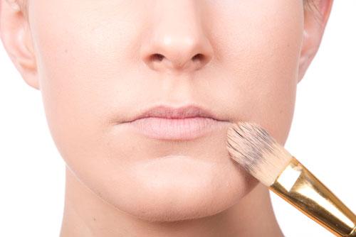 cómo maquillarse los labios