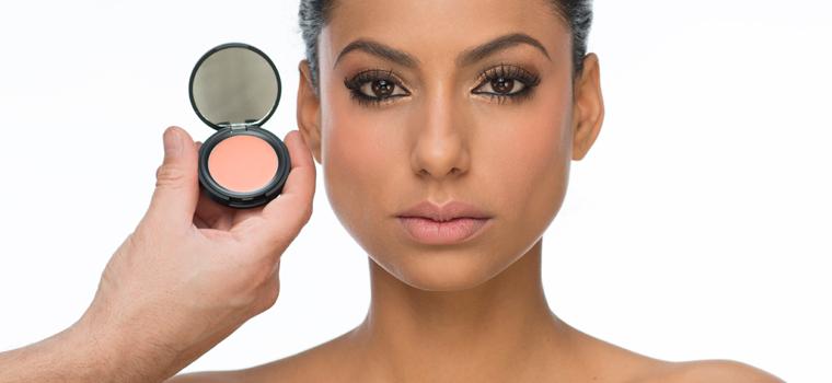 Cómo aplicar el colorete según la morfología de tu rostro