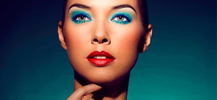 ¿Qué colores son tendencia en el maquillaje de ojos este verano?