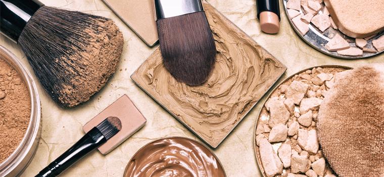 ¿Qué base de maquillaje aplicar según el color de la piel del rostro?