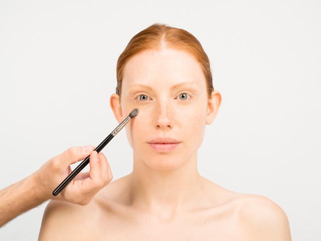 aplica-correctamente-el-maquillaje