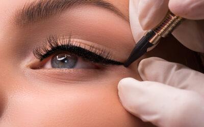 Cómo alargar las pestañas con trucos de maquillaje profesional