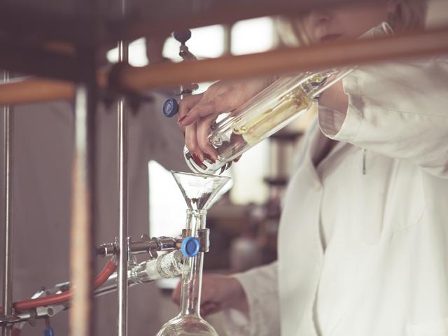 destilacion-aceite-esencial